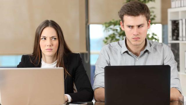 Terror no trabalho: Tem algum destes hábitos irritantes?
