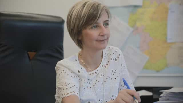 """Ministra defende que """"é necessário reorganizar maternidades"""" no país"""