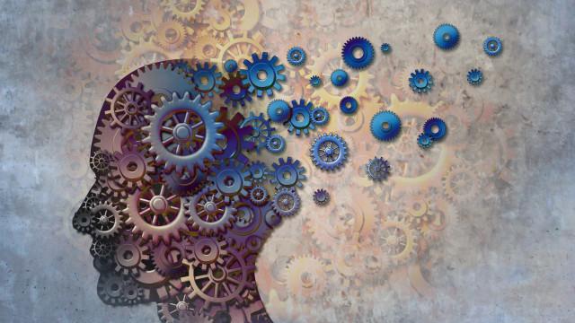Alzheimer: Cérebro começa a mudar 30 anos antes do diagnóstico