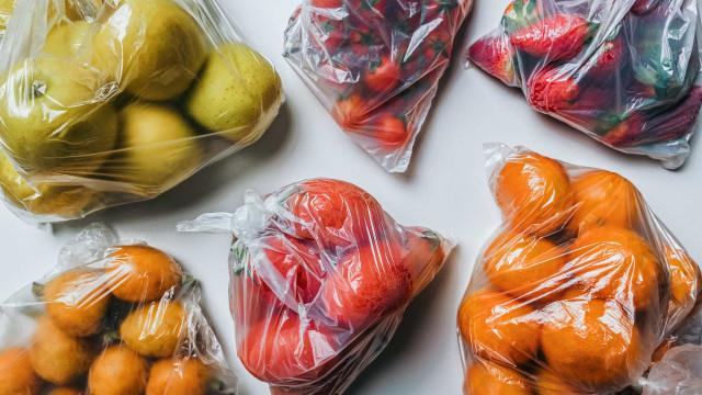 91% dos portugueses é a favor da proibição de sacos de plástico