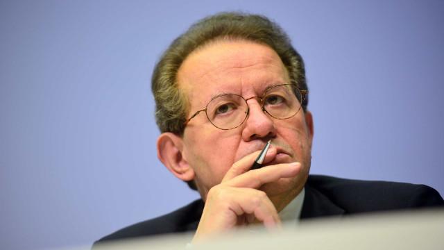 CGD: PSD aponta responsabilidades a Santos Ferreira e Vítor Constâncio