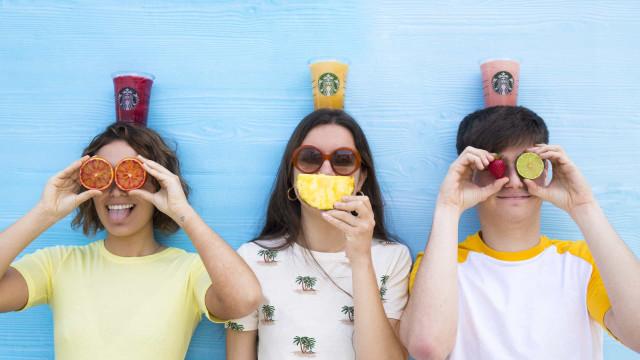 Tudo o que tem de saber sobre o chá gelado, a bebida tendência do verão