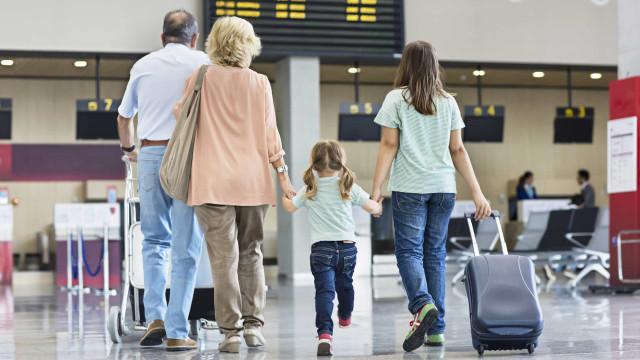 Há menos portugueses a passar férias fora de casa