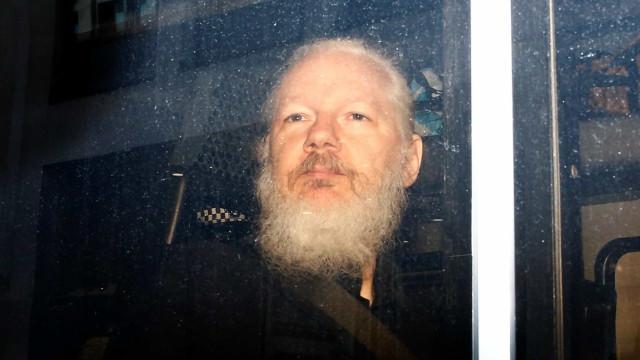 Assange segue detido em Londres até julgamento sobre extradição para EUA