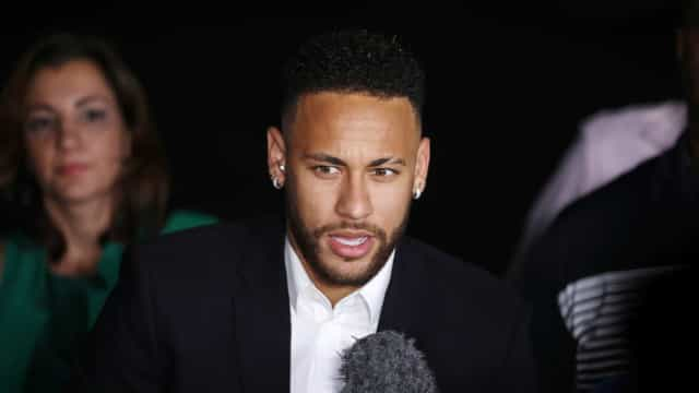 Imóveis de Neymar arrestados pela justiça brasileira