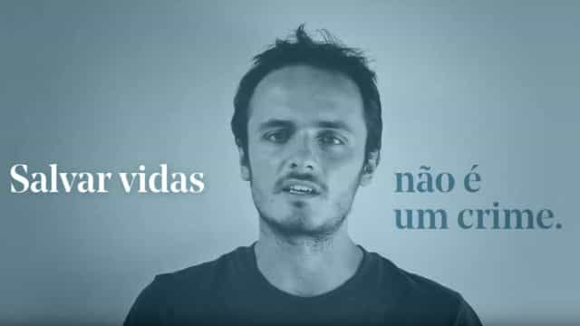 """""""Salvar vidas não é crime"""". Português enfrenta justiça e pede ajuda"""