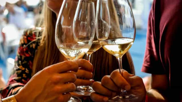 Lisbon Marriott Hotel recebe a Hello Summer Wine Party