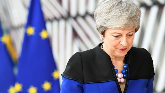 Brexit: Primeiro-ministro vai mudar, mas as dificuldades são as mesmas
