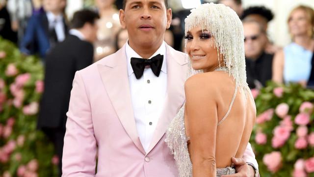 Jennifer Lopez surpreende namorado com super presente