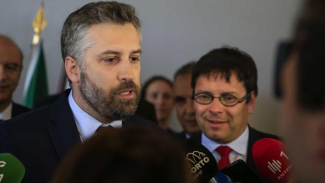 """AO MINUTO: Pardal Henrique deve """"desconvocar a greve"""", pede ministro"""