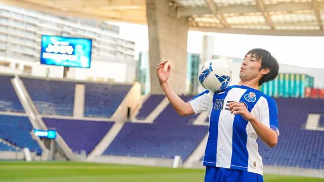 FC Porto volta a golear e Nakajima já marca