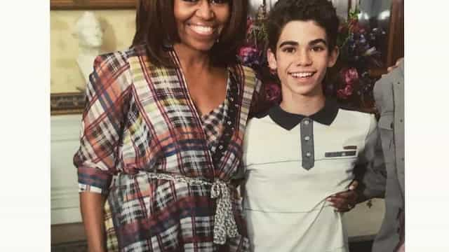 Michelle Obama recorda momento com ator da Disney que morreu aos 20 anos