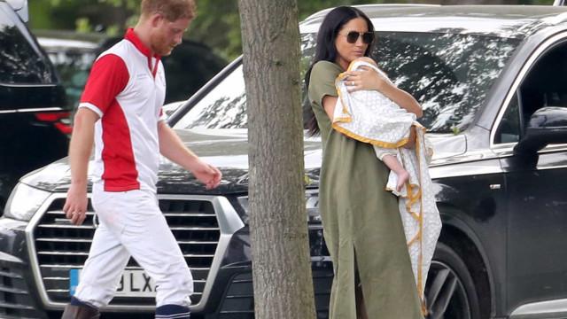 Meghan Markle e Kate Middleton assistem a jogo de polo com os filhos