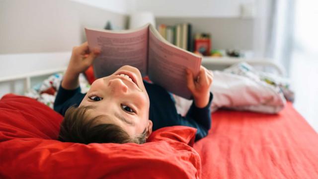 Quer as crianças a ler nas férias? Aqui ficam algumas sugestões