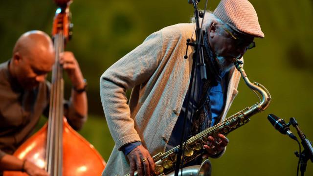Charles Lloyd em novembro na abertura do festival Guimarães Jazz