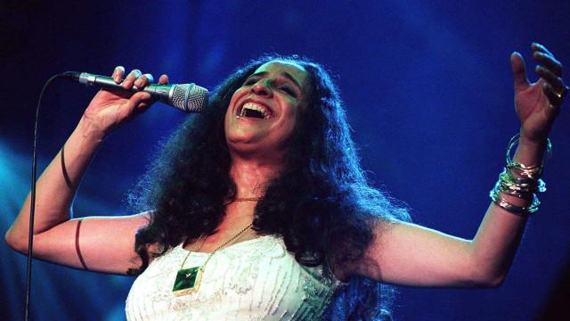 Maria Bethânia volta a Portugal em setembro para concertos nos coliseus