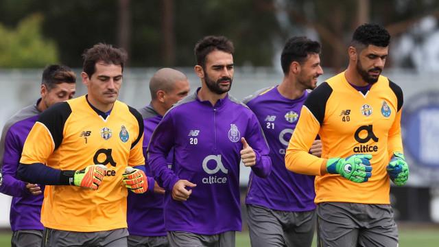 """Adrián López não esconde: """"Apanhámos um grande susto com Casillas"""""""