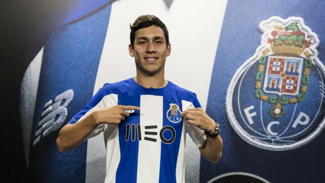 Oficial: Central dos quadros do City reforça equipa B do FC Porto