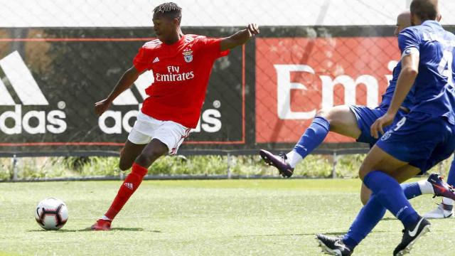 Oficial: Benfica vende três jovens aos Belenenses SAD