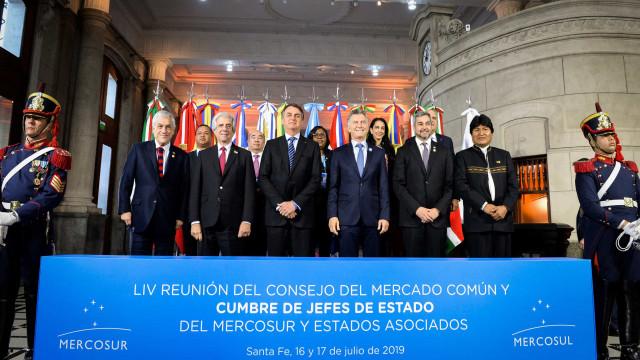 Provocações, gafes e surpresas em discursos finais na Cimeira do Mercosul