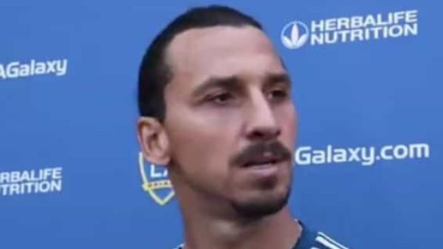 Perguntaram a Zlatan sobre a Area 51 e a resposta é 'de outro mundo'