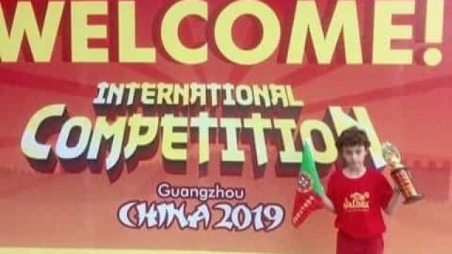 Aluno português vence 1.º lugar na China. Fez 70 contas em 3 minutos