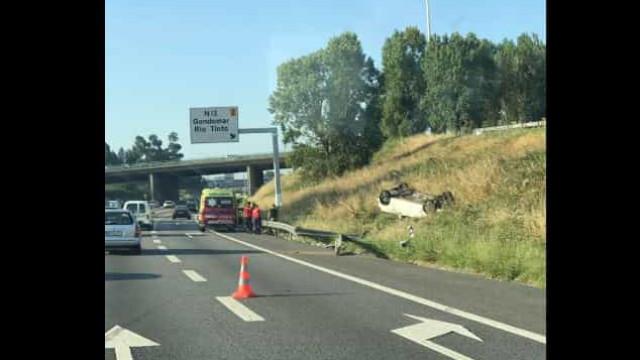 Despiste na A3 congestiona o trânsito no Porto