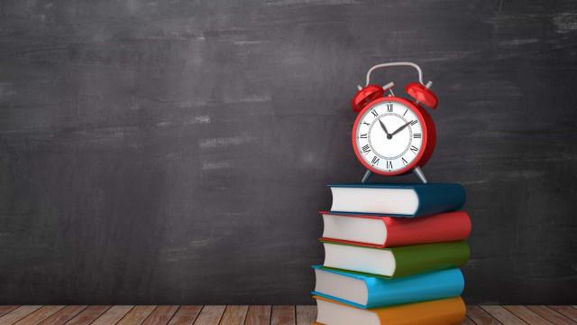 Regressa às aulas com manuais escolares e descontos Nota 20!