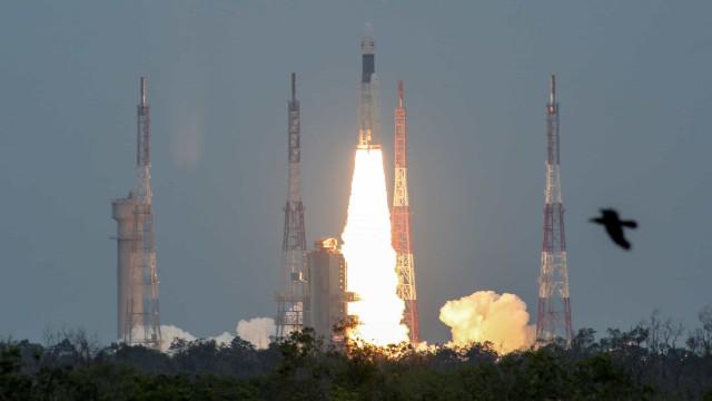 Índia lança segunda missão à Lua