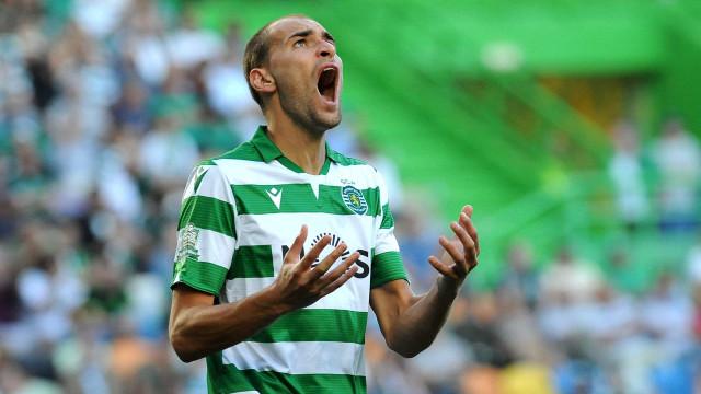 """Sporting informa que """"exigências"""" de Bas Dost estão a atrasar saída"""