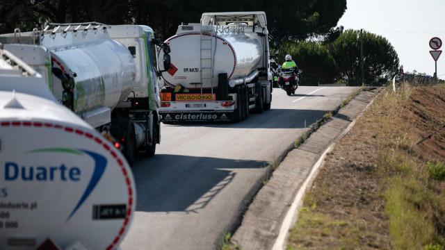 Saída de camiões mantém-se em Aveiras de Cima apesar do feriado