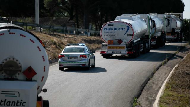 """Militares """"aliciados"""" com ajudas para conduzir camiões. GNR desmente"""