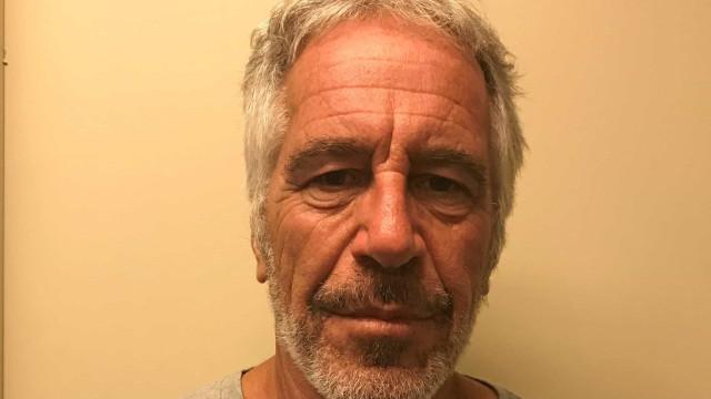 Médico legista confirma causa da morte de Jeffrey Epstein