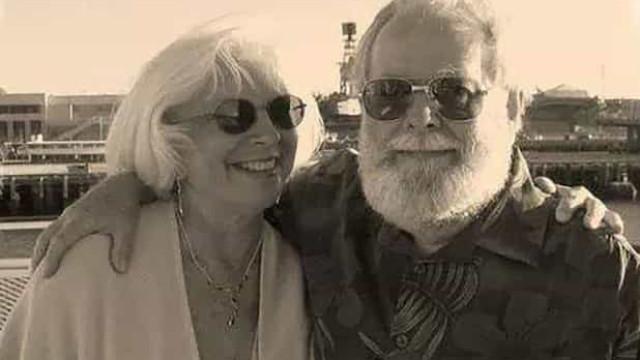Casal encontrado morto em casa nos EUA. Não aguentava despesas médicas