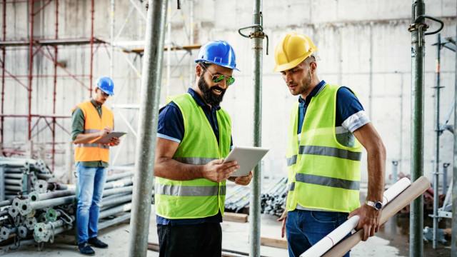 Produção da construção cresce mais em Portugal do que na UE em junho