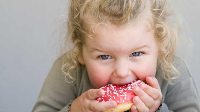 Obesidade infantil aumenta o risco de esclerose múltipla