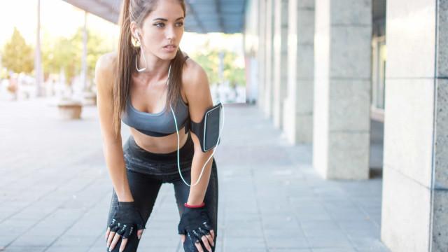 Cinco formas de retirar o cheiro a suor das roupas de treino