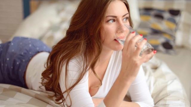 Seis momentos em que jamais deve beber água