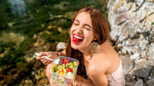 Comer tomate espanta a depressão, revela uma nova pesquisa