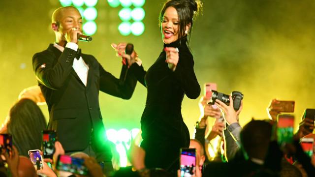 Rihanna está grávida? Fãs acreditam que sim
