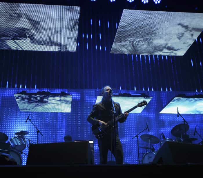 Vocalista dos Radiohead sabe dançar Reggaeton? É o vídeo do momento