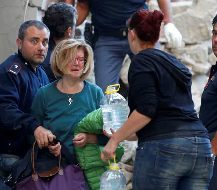 """Itália: O chão tremeu de madrugada e """"é pior do que se pensava"""""""