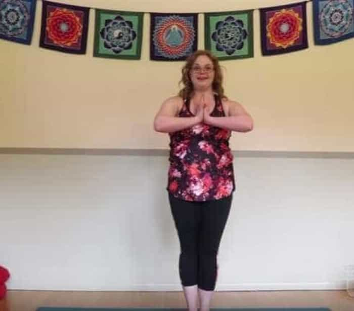 A primeira instrutora de yoga com Síndrome de Down