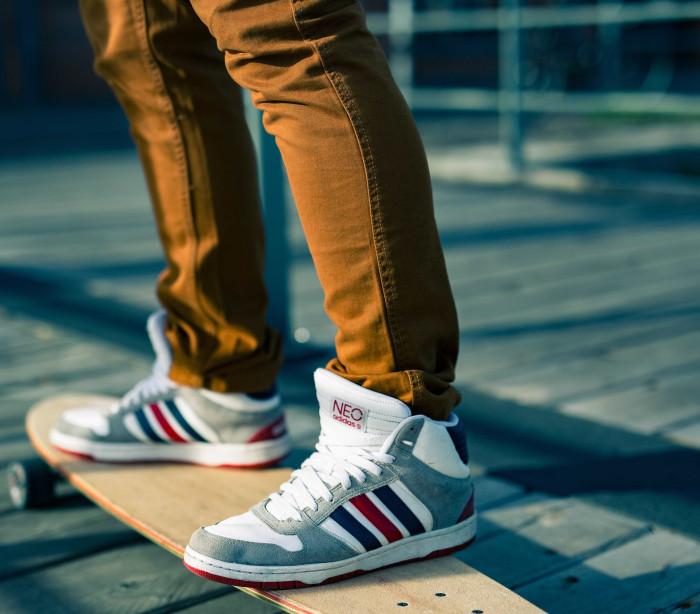 Queda de skate inédita a grande velocidade