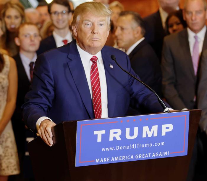 Roubaram a sanita de ouro de Donald Trump e filmaram tudo
