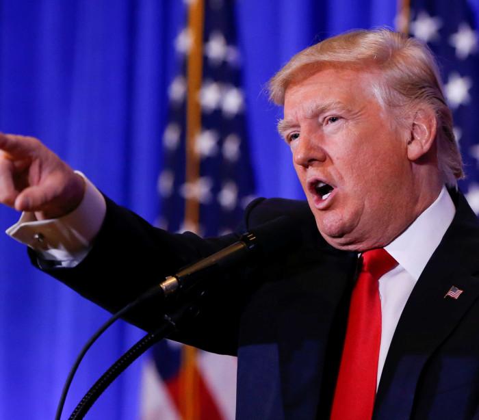 """""""Vocês são notícias falsas"""". O momento em que Trump atacou a CNN"""