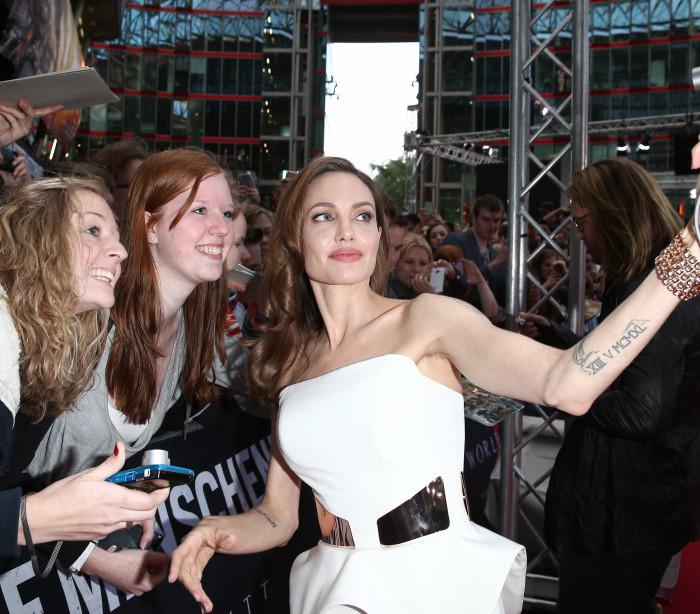 'Amor Incondicional': As celebridades e a loucura dos fãs