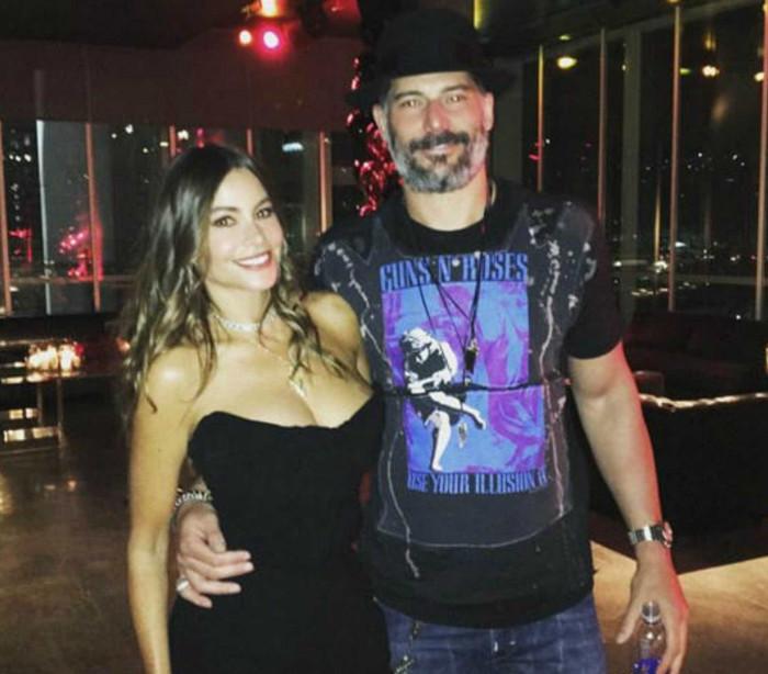 Vergara organiza festa de 'arromba' para festejar aniversário do marido