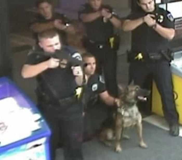 Novo caso de violência policial. Desta vez envolvendo homem cego e doente