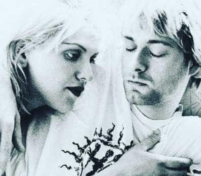 Kurt Cobain e Courtney Love casaram-se há 25 anos